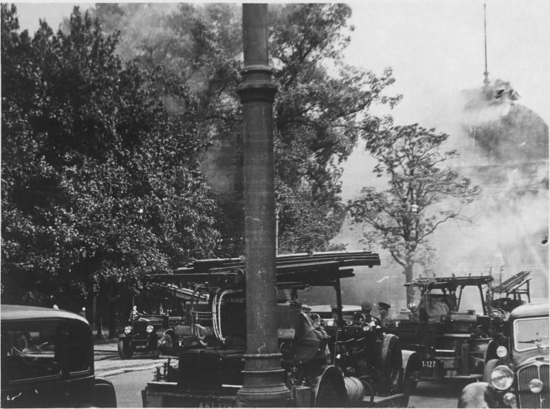 Brand der Rotunde in Wien von Hilscher, Albert