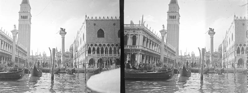 Anlegestelle am Markusplatz in Venedig von Schmutzer, Ferdinand