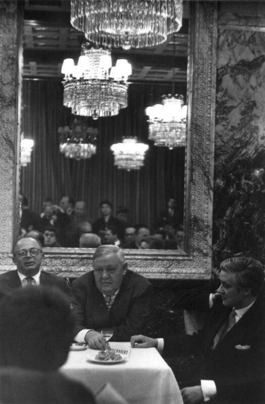 Billy Wilder, Charles Laughton und Oskar Werner von Cermak, Alfred