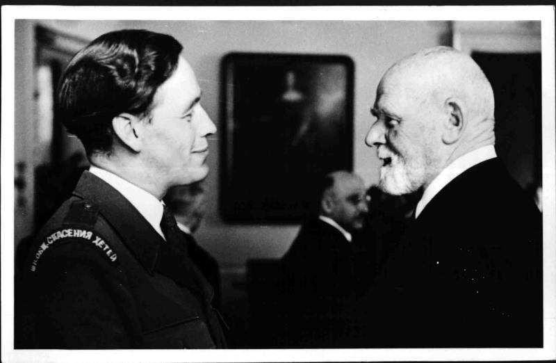 Bürgermeister Körner im Gespräch mit Arne Karlsson von Blaha, Franz