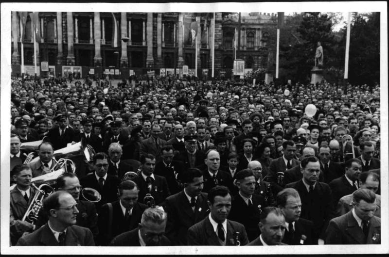 Erster Mai in Wien von Blaha, Franz