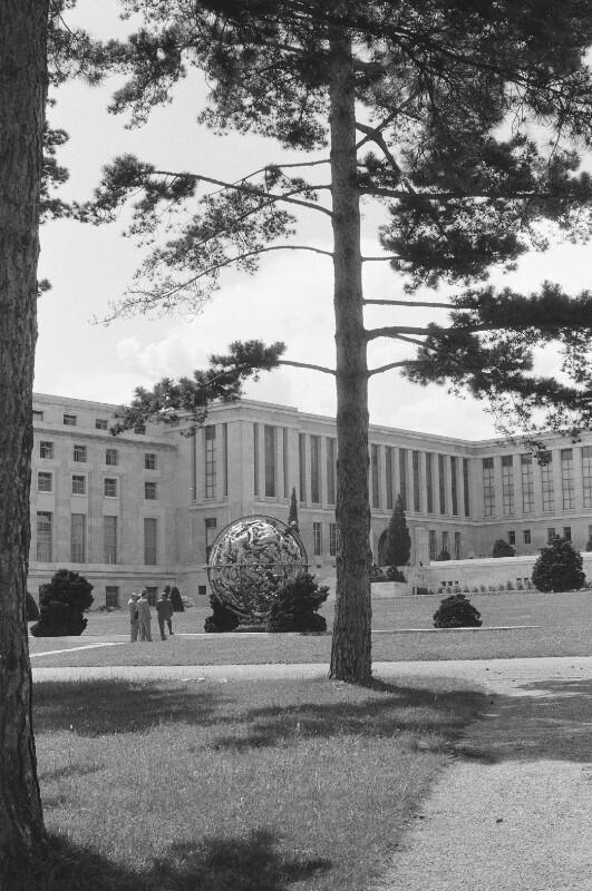 Das Völkerbundpalais von Heydecker, Joe J.