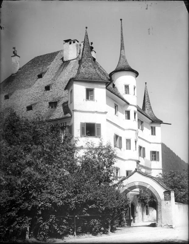Schloss Rosenberg in Zell am See von Obermayer, Albert Edler von