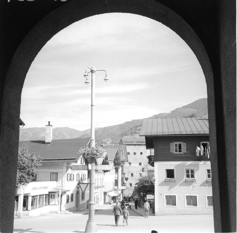 Straßenbild in Zell am See von Grath, Anton