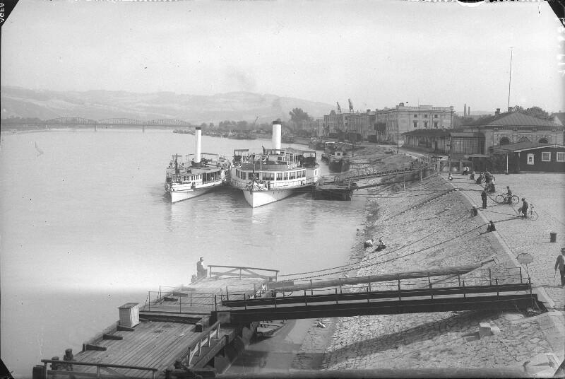 Linz an der Donau von Lutonsky, Hans