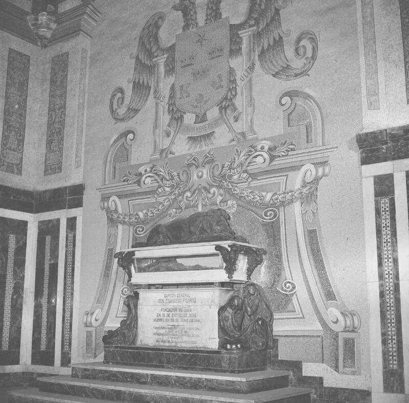 Grab in der Kathedrale von Lima von Heydecker, Joe J.