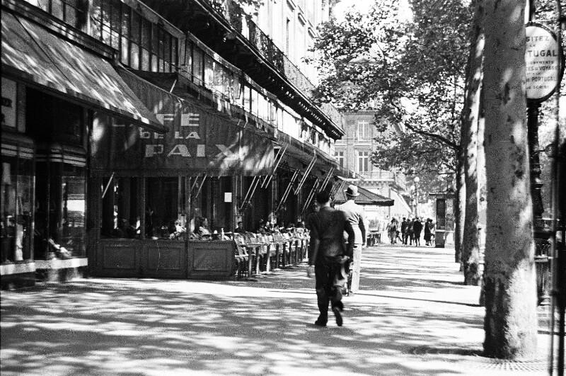 Café de la Paix von Heydecker, Joe J.