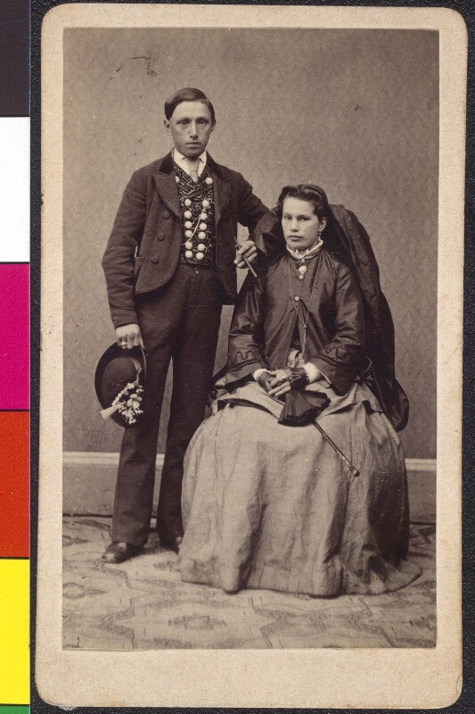 Oberösterreichisches Paar in Tracht von Posselt, Carl