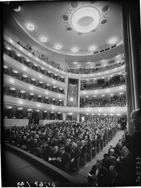 Wien 1, Burgtheater von Winkler