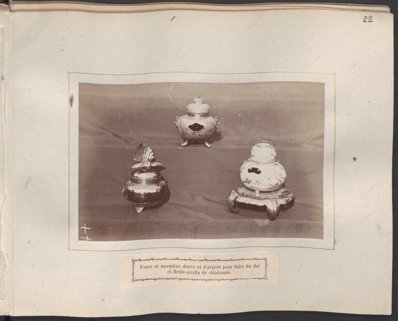 Teekocher und Räuchergefäß aus Japan von Moser, Michael