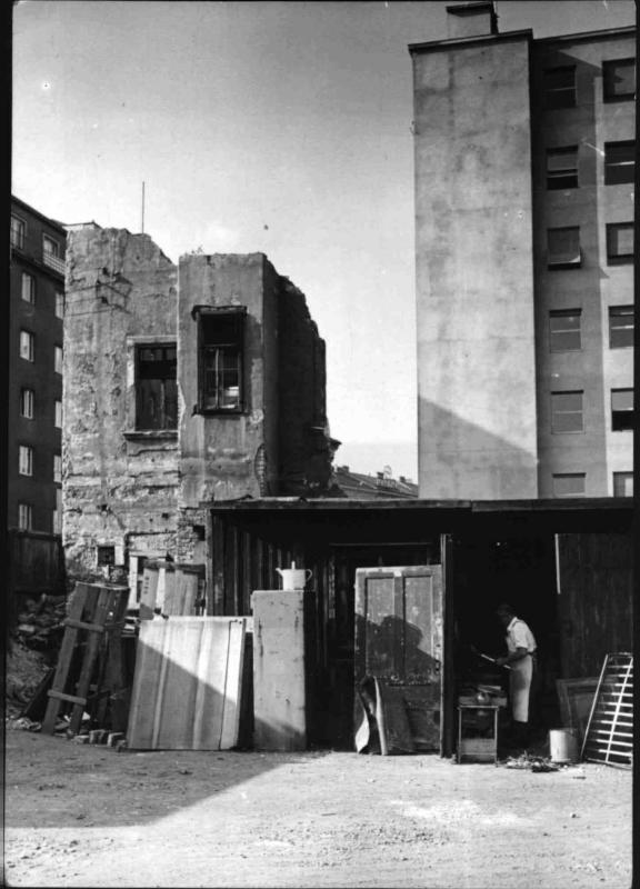 Abbruch des Freihausviertels von Hilscher, Albert