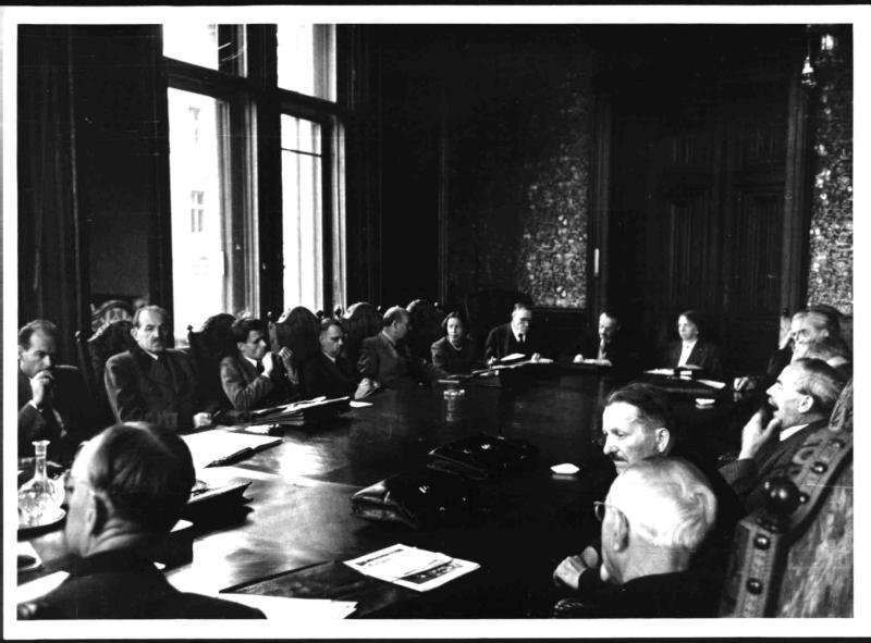 Sitzung des Parteivorstandes der SPÖ im Wiener Rathaus von Blaha, Franz