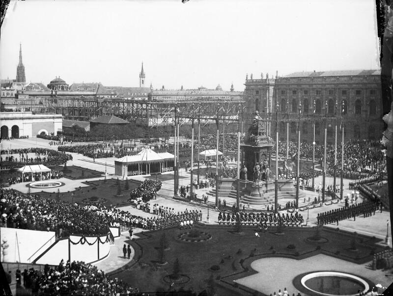 Wien 1, Maria-Theresien-Denkmal