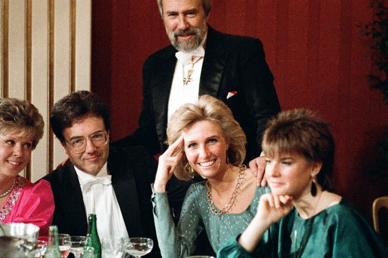 Opernball 1987 von Wenzel-Jelinek, Margret