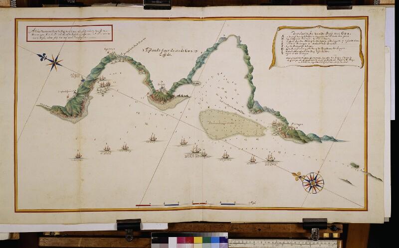 Landkarte und Küstenprofil der Bucht von Goa von Vingboons, Johannes