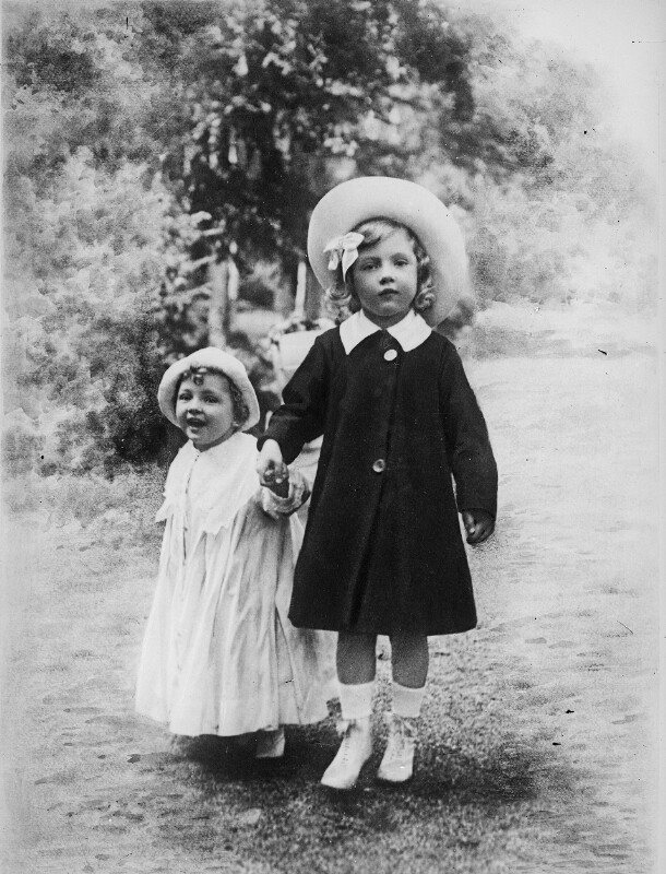 Erzherzogin Adelheid und Erzherzog Felix von Österreich  von Gebrüder Schuhmann