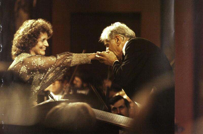 Leonard Bernstein mit Hildegard Behrens von Wenzel-Jelinek, Margret