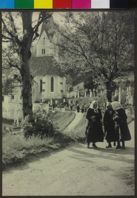 Szene nach dem Kirchgang von Lämmermann, Walter