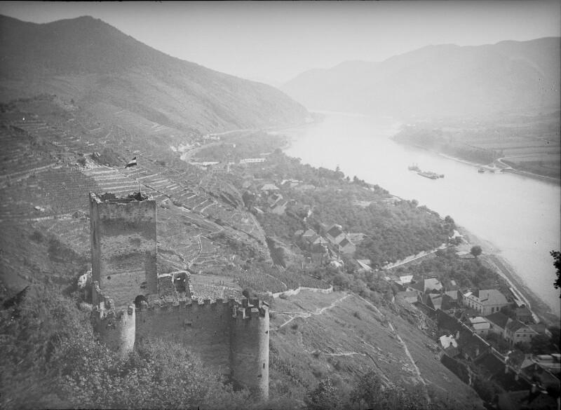 Spitz an der Donau von Österreichische Lichtbildstelle