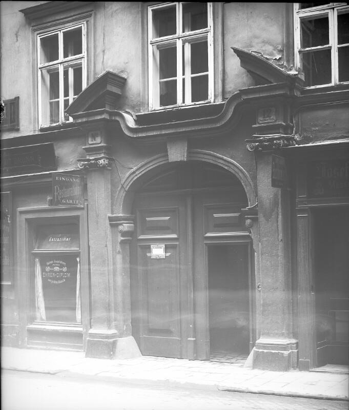 Wien 1, Augustinerstraße 12 von Stauda, August