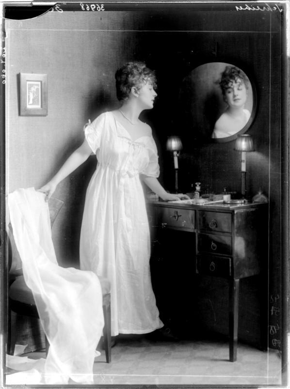 Wäschemode von Madame d'Ora, Atelier