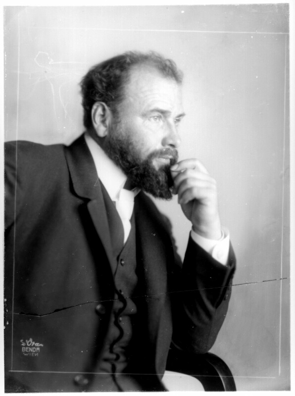 Gustav Klimt von Madame d'Ora, Atelier