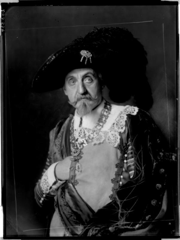 """Rollebildnis des Adolf Weisse in """"Wallenstein"""" von Madame d'Ora, Atelier"""