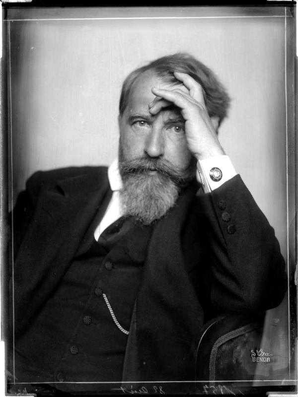 Porträt des Arthur Schnitzler von Madame d'Ora, Atelier