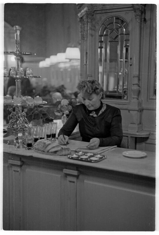 Café Sperl von Rübelt, Lothar