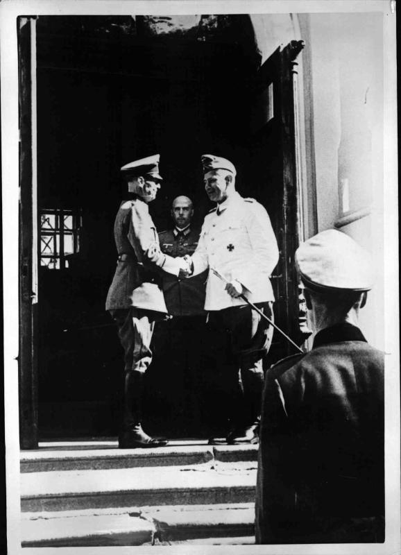 Besuch von Generalfeldmarschall von Runstedt von Weltbild
