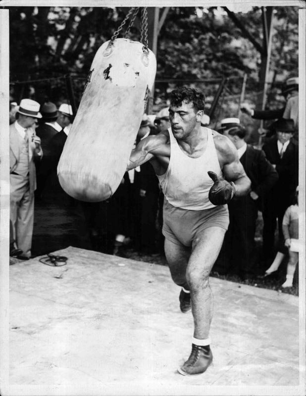Primo Carnera bei einem Box-Training von New York Times Photo