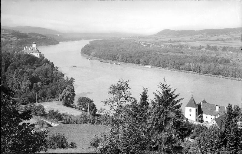 Schönbühel in der Wachau von Lutonsky, Hans
