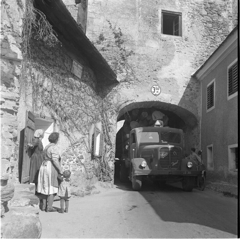 Dürnstein von Makart, August
