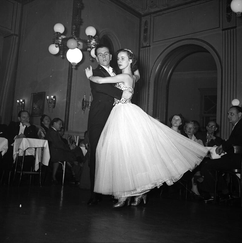 Tanz von United States Information Service