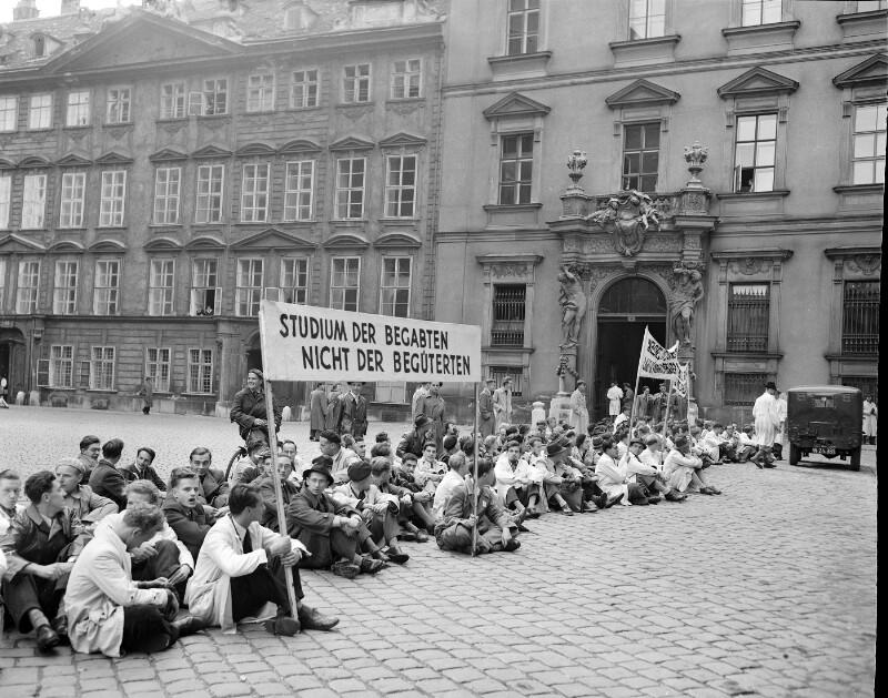 Demonstration von United States Information Service