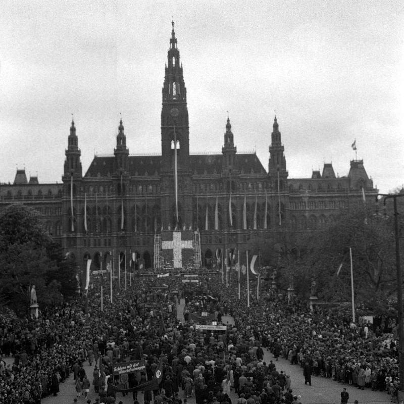Maifeiern der Wiener Sozialistischen Partei Österreichs ...