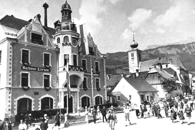 Liezen Steiermark von United States Information Service