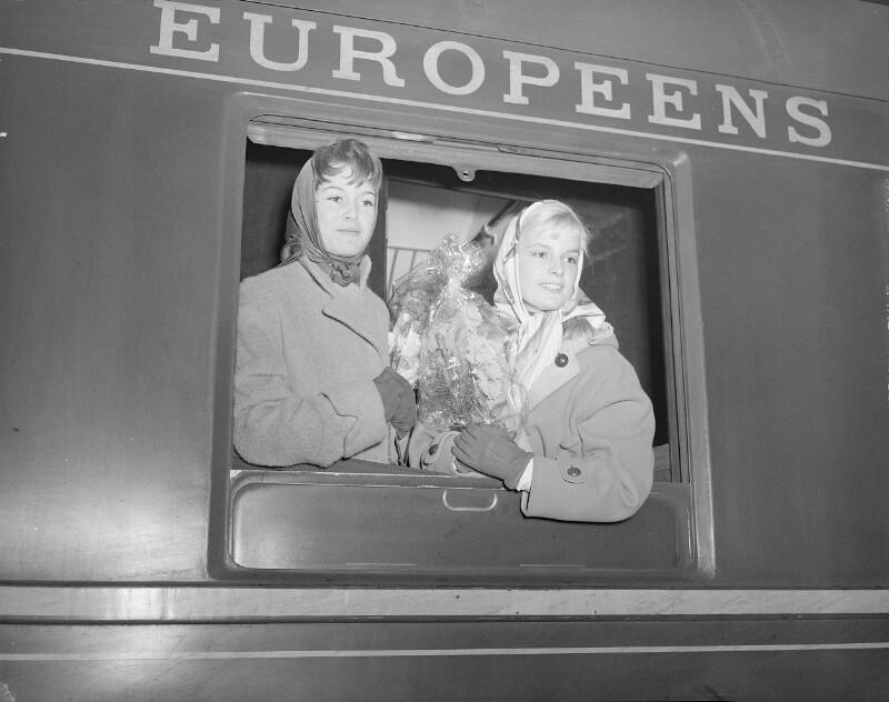 Der franz. Regisseur Marc Allégret Brigitte Bardot ... von United States Information Service