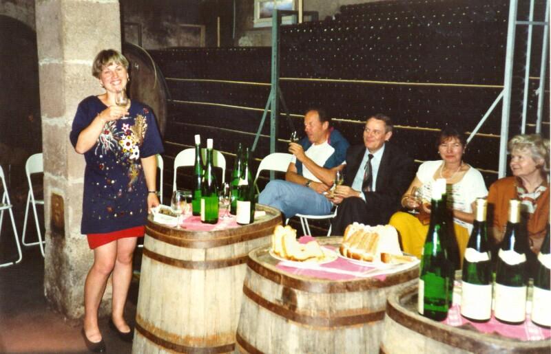 Präsentation von Esperanto-Weinen im Weinkeller Gocker, Mittelwihr 1994
