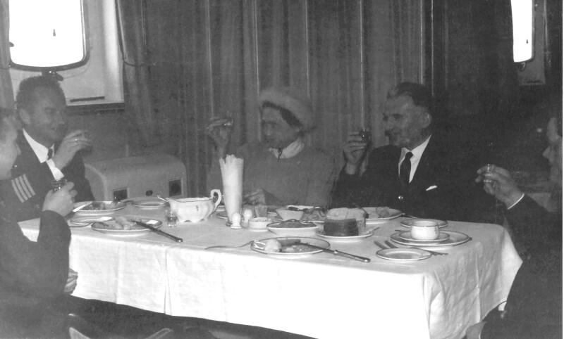 Im Speisesaal der MS Zamenhof, 1961