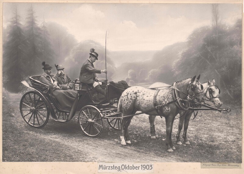 Gruppenbild Kaiser Franz Josef I. und Zar Nikolaus II. von Russland in Mürzsteg 2.10.1903, mit Kutscher