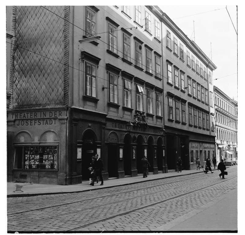 Wien 8, Theater in der Josefstadt von Simoner, Otto