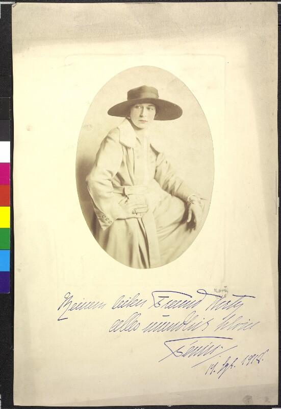 Damenporträt von Georgette, Atelier