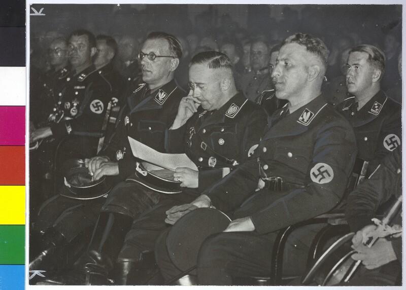 Kundgebung der SS im Konzerthaus in Wien von IPA