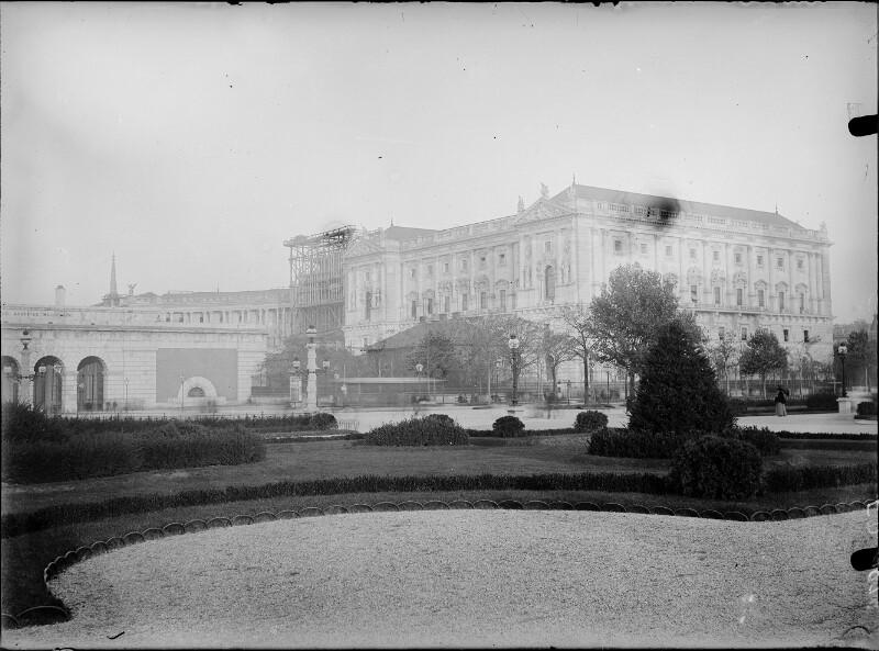 Wien 1, Neue Burg